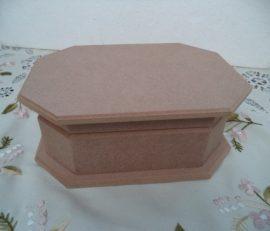 Cadence nyolcszögletes  hosszúkás doboz KT-32  20*14*7,5cm